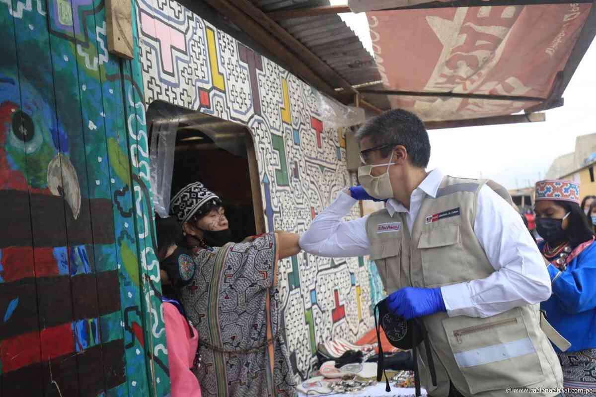 Ministro de Cultura visita a la Comunidad Shipibo-Konibo de Cantagallo - Radio Nacional del Perú