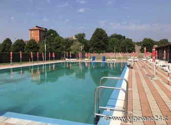 Mortara, è alle porte il momento della prova costume. La piscina all'aperto riapre sabato - Vigevano24.it