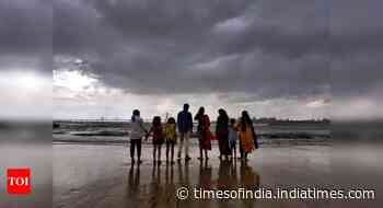 Cyclone Nisarga to make landfall tomorrow, may hit Mumbai
