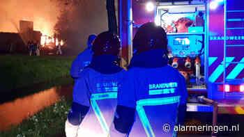 Middelbrand op Kanaal Zuid in Lieren - alarmeringen.nl - Alarmeringen.nl