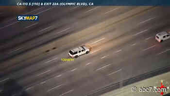 LAPD chases robbery suspects at speeds over 100 mph through Los Angeles - LIVE - KABC-TV