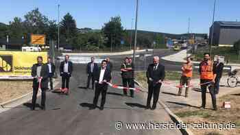 Kreisverkehr zwischen Bad Hersfeld und Hauneck eröffnet - hersfelder-zeitung.de