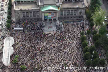 PHOTOS: Thousands gather at Vancouver Art Gallery to protest racism - Barriere Star Journal
