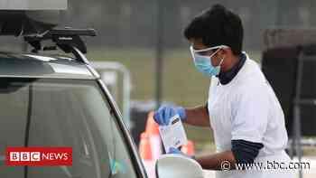 Coronavirus: Government criticised over use of testing data - BBC News