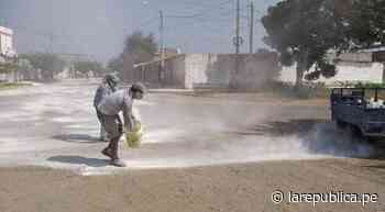 La Libertad: Vecinos de Pacanga limpian calles con cal para aplacar el COVID-19 - LaRepública.pe