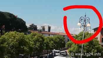 Sora – Lampioni accesi in pieno giorno - TG24.info