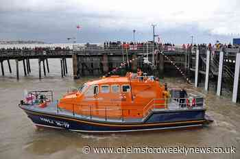 Crews mark Walton and Frinton lifeboat's anniversary - Chelmsford Weekly News