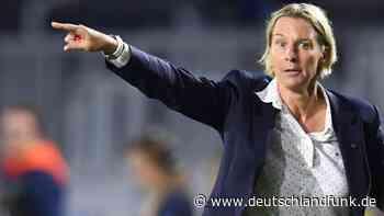Corona-Krise - Fußball-Bundestrainerin Voss-Tecklenburg verteidigt Neustart der Bundesliga - Deutschlandfunk