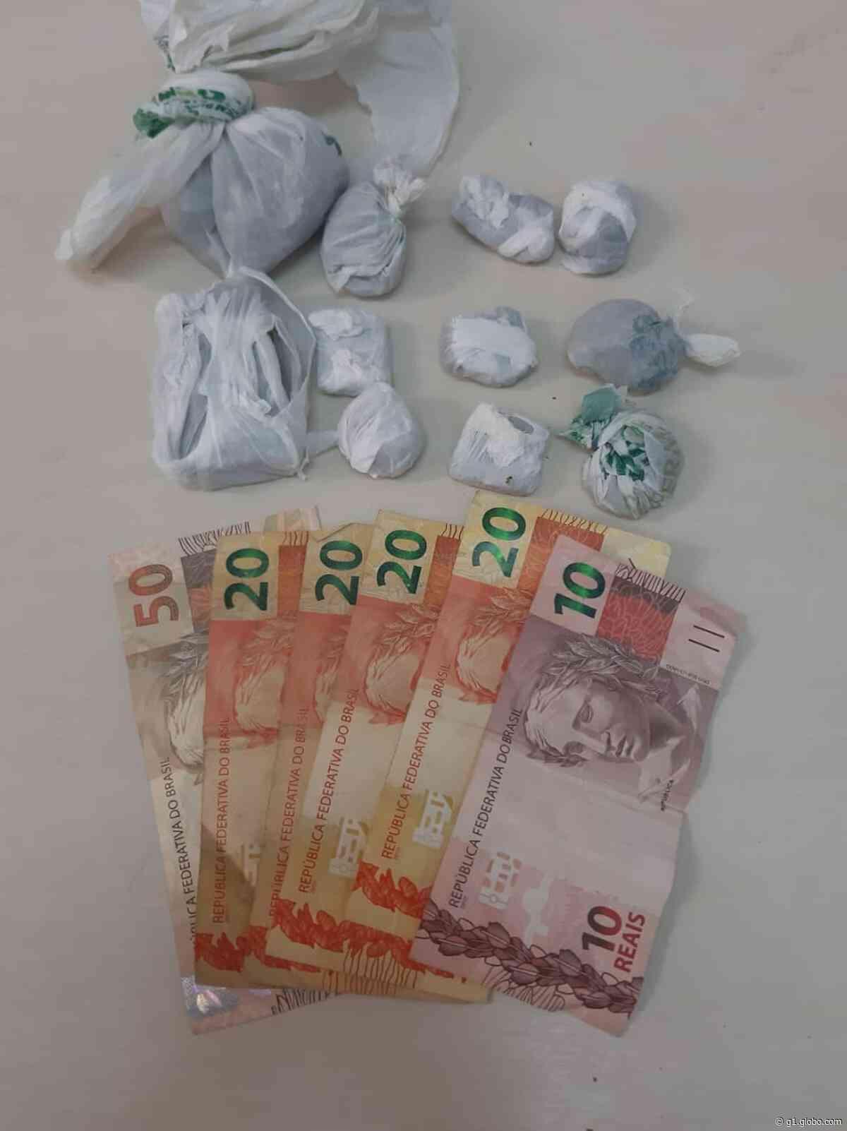 Polícia prende suspeitos de tráfico de drogas em casa de Jaru, RO - G1