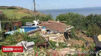 House hanging over Eastchurch cliff edge collapses