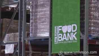 El Banco de Alimentos de San Antonio sigue apoyando a las familias afectadas por la crisis del coronavirus - Univision