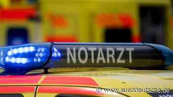 Radfahrer kollidiert mit Auto: Kommt leicht verletzt davon - Süddeutsche Zeitung