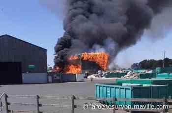 Les Herbiers. Un violent incendie touche une déchetterie - maville.com