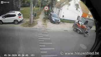Opmerkelijke beelden: dief haakt aanhangwagen met zitmaaier ... (Linkebeek) - Het Nieuwsblad