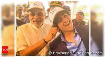 When Modi pulled Akshay's son Aarav's ear