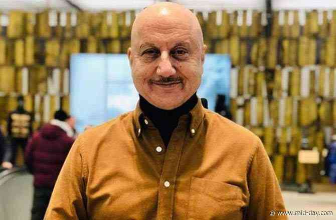 Twitterati trend Anupam Kher as the actor announces his dream project