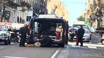 Involucro sospetto vicino ai rifiuti, scatta l'allarme bomba: si attende l'arrivo degli artificieri da Catania - Newsicilia - NewSicilia