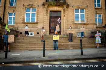 Extinction Rebellion: Shipley protest held by climate campaigners - Bradford Telegraph and Argus