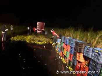 Caminhão que seguia para Dourados carregado de laranja pega fogo em rodovia - O Progresso - Dourados