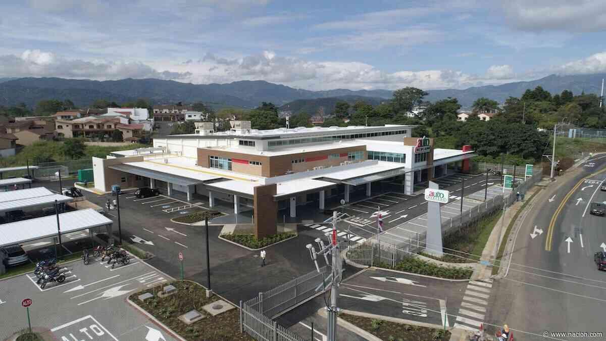 Auto Mercado estrena local en Guayabos de Curridabat con 100 empleados - La Nación Costa Rica