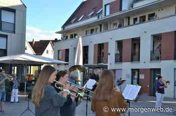 Heddesheim: Musiker geben Konzert auf dem Dorfplatz - Mannheimer Morgen