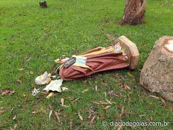 Imagem em capela de Pires do Rio é destruída em ato de vandalismo - Diário de Goiás