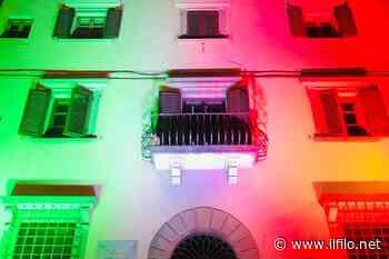 """Piazza del Popolo tricolore, a Borgo San Lorenzo. Un'iniziativa di """"Convivio"""" - Il Filo del Mugello"""