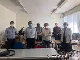Fiumicino, donati da Teleperformance dieci pc alla scuola di Focene - Ostia Tv