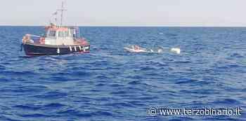 Imbarcazione rischia di affondare: salvataggio della Guardia Costiera di Fiumicino - TerzoBinario.it