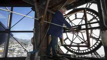 Nelson's Civic House clock comes to standstill for repairs - Stuff.co.nz