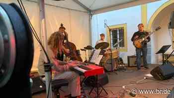 Erstes Jazzfestival nach Corona-Shutdown in Passau - BR24