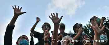 Tiananmen: des manifestants dans un parc de Hong Kong malgré l'interdiction de la veillée