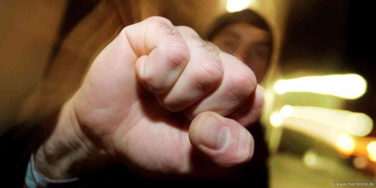 Körperverletzung - Streit zwischen Männern eskaliert in Hennigsdorf - Märkische Allgemeine Zeitung