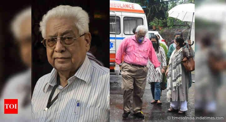 Celebs at last rites of Basu Chatterjee