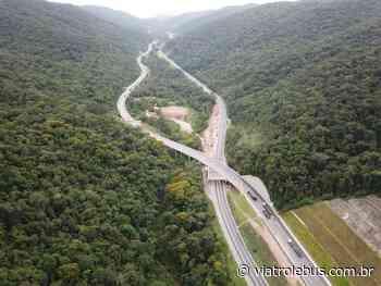Rodovia Regis Bittencourt tem pistas bloqueadas em Barra do Turvo após acidente nesta quarta (03) - Via Trolebus