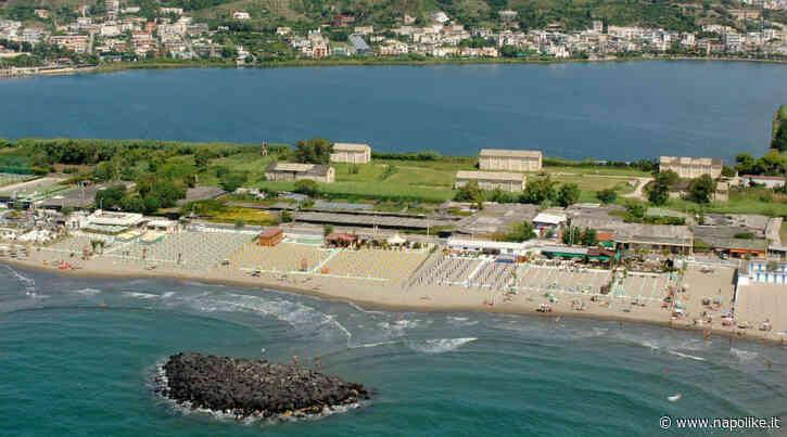 Riaprono le spiagge libere a Bacoli con l'app per il tracciamento - Napolike