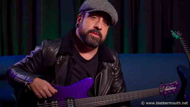 VOLBEAT's ROB CAGGIANO Breaks Down His JACKSON Signature Shadowcaster Models (Video)