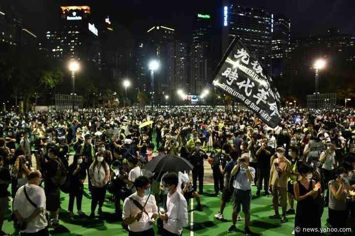Hong Kong protesters defy ban, rally to remember Tiananmen