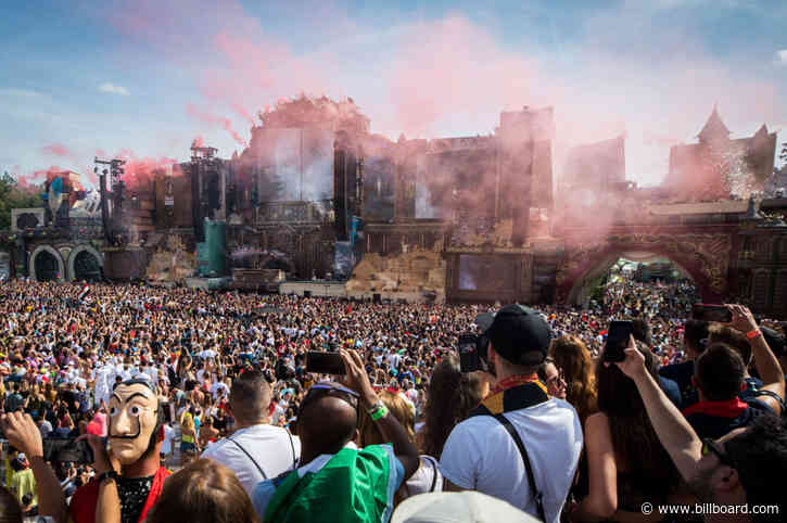 How to Watch Tomorrowland's Massive Online Festival