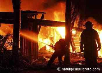 Pierde su casa y sufre quemaduras por incendio en Mixquiahuala - La Silla Rota