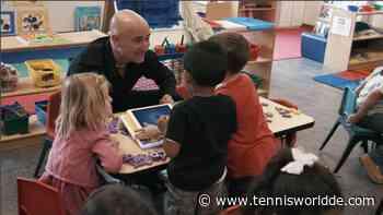 Andre Agassi spricht über die Bedeutung von Bildung für Kinder - Tennis World DE