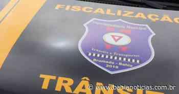Brumado: Motorista com Covid-19 é flagrado transportando passageiros na feira livre - Bahia Notícias