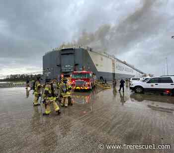 8 Florida firefighters injured in explosion at shipboard fire