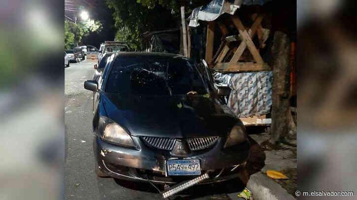 Asesinan a un policía dentro de vehículo en colonia Sierra Morena, Soyapango - elsalvador.com