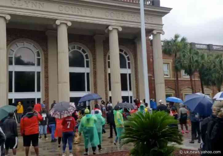 Protesters Gather Outside Glynn County Courthouse as Ahmaud Arbery Murder Suspects Face Judge