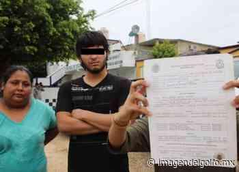 Denuncian abuso de autoridad de la SSPE en Acayucan; detienen a menor - Imagen del Golfo