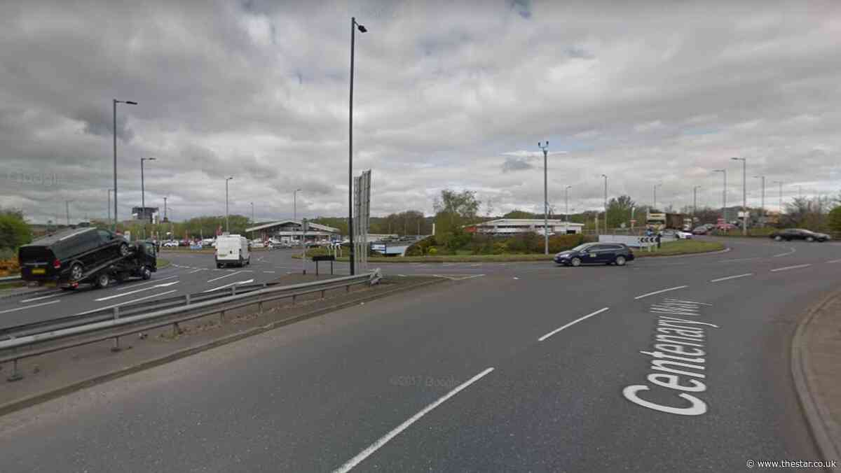 Car driven wrong way along dual carriageway during police chase in Rotherham - The Star