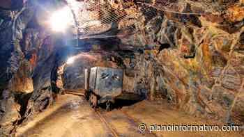 Mineros de Charcas y empresa llegan a acuerdo y reactivan labores - Plano informativo
