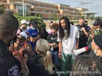 Aurora police drop charges after video of arrest spurs backlash - Chicago Tribune
