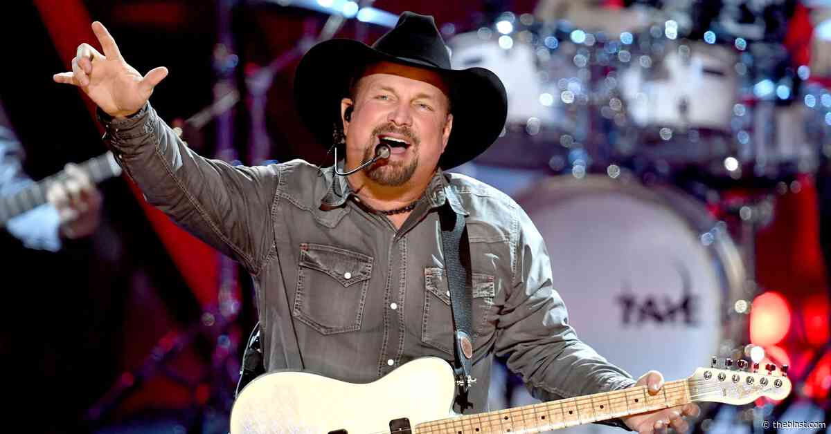 Garth Brooks Thinks The World Is 'A Lot Better Than It Used To Be' - The Blast